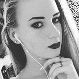 Tina from Boynton Beach | Woman | 21 years old | Libra