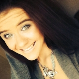 Nicole from Ashwaubenon | Woman | 27 years old | Gemini