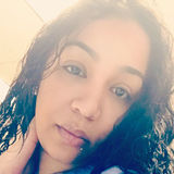 Dez from Lawrence   Woman   33 years old   Aries