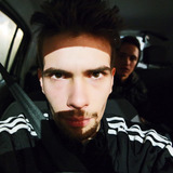 Hugepratt from Courbevoie | Man | 27 years old | Aquarius