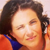 Karin from Paris | Woman | 43 years old | Aries