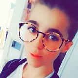 Laura from Rouen | Woman | 26 years old | Aquarius