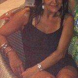 Mavis from East Elmhurst | Woman | 40 years old | Cancer