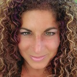 Sandee from Beacon Falls | Woman | 50 years old | Libra