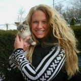 Hannah from Dubuque | Woman | 28 years old | Capricorn