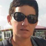 Stella from La Roche-sur-Yon | Woman | 41 years old | Leo