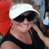 Donna from Franklin | Woman | 59 years old | Sagittarius