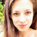 Lea from Grenoble   Woman   27 years old   Libra
