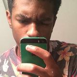 Von from Fayetteville   Man   23 years old   Aries