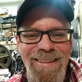 Jb from Aurora | Man | 44 years old | Cancer