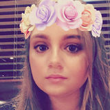 Fiona from Dobbs Ferry | Woman | 21 years old | Aquarius