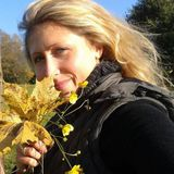 Deirdre from Acton | Woman | 30 years old | Gemini