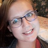 Hayley from Gravenhurst | Woman | 22 years old | Cancer