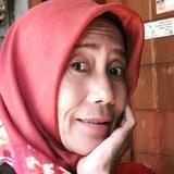 Essa from Tangerang | Woman | 52 years old | Sagittarius