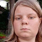 Elisa from Potsdam | Woman | 19 years old | Gemini