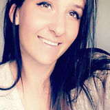 Em from Mississauga | Woman | 26 years old | Taurus