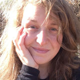 Jul from Dumbarton | Woman | 36 years old | Aquarius