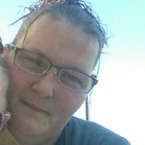 Erinandolivit5 from Springfield | Woman | 39 years old | Leo