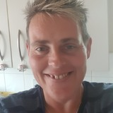 Caz from Yeovil | Woman | 41 years old | Pisces