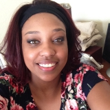 Nea from Fairfield | Woman | 28 years old | Cancer