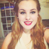 Claudia from Hialeah Gardens | Woman | 24 years old | Aquarius
