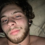 Pineapplesuckv from Milton | Man | 19 years old | Aries