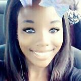 Dominique from North Little Rock | Woman | 25 years old | Aquarius