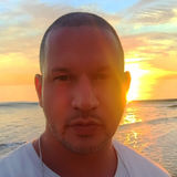 Nino from Seymour | Man | 36 years old | Aquarius