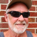 James from Clarksville | Man | 58 years old | Aquarius
